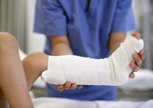 Этапное гипсование помогает избежать риска дальнейшего развития болезни
