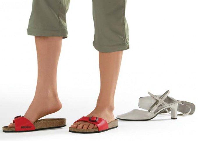 Подбирать удобную обувь