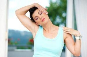 Убрать подвывих при незначительном смещении можно без помощи мануального терапевта
