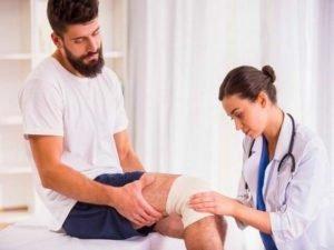 В случае если у больного артрит коленного сустава, на службу в армию не берут