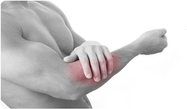 При движении рукой появляется ощутимая боль