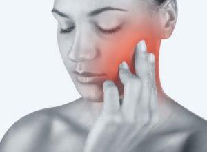 Симптомы патологий суставов челюстей