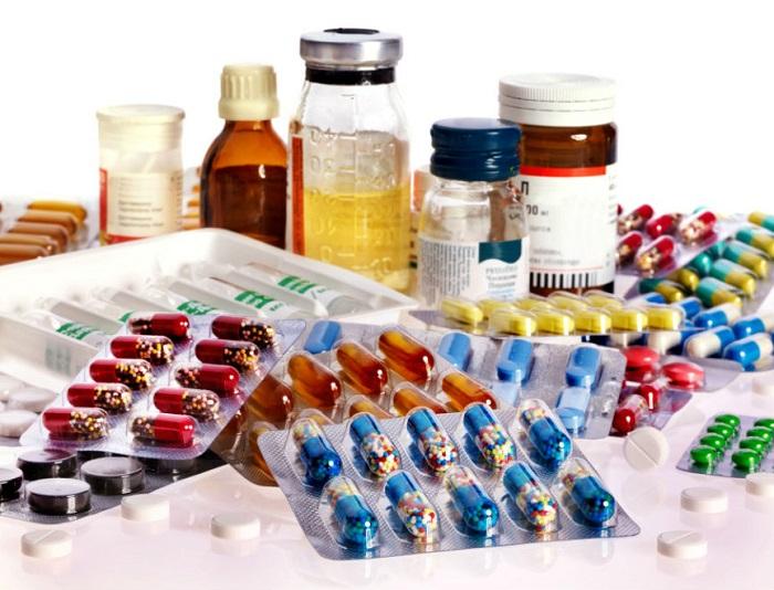 В зависимости от фармакологической формулы