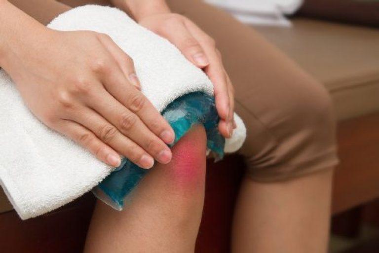 При артрите прогревание больных суставов строго воспрещено