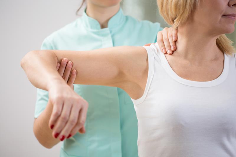 Физиотерапия при переломе лопатки