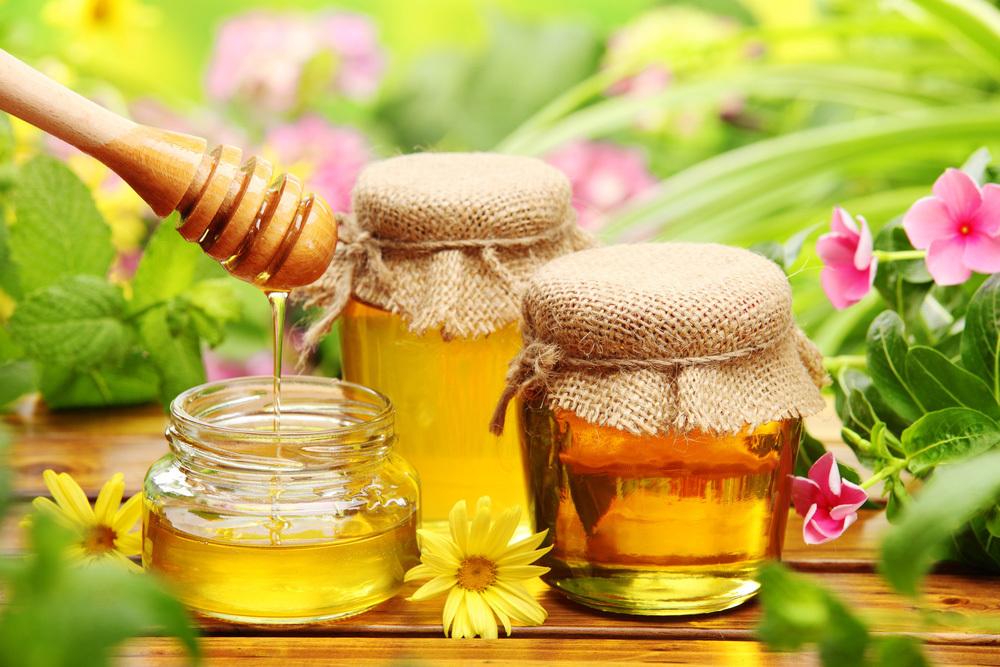 Используют только натуральный мед, предпочтительнее цветочный